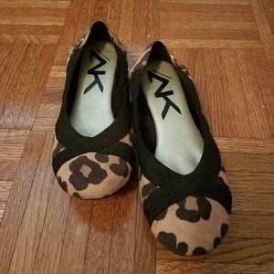 AK Ballet Flats